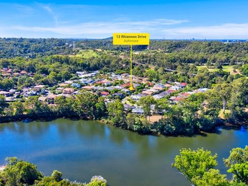 13 Rhiannon Drive Ashmore, QLD 4214