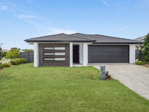 2 Yoorigan Lane Pimpama, QLD 4209