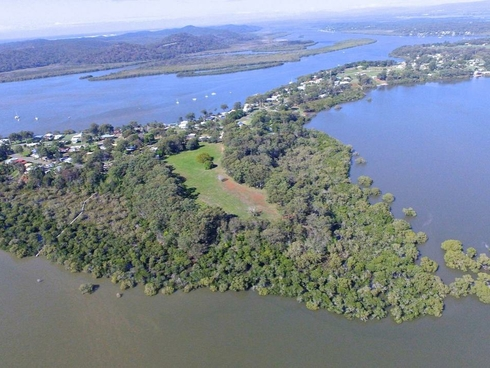 1 Wright Russell Island, QLD 4184