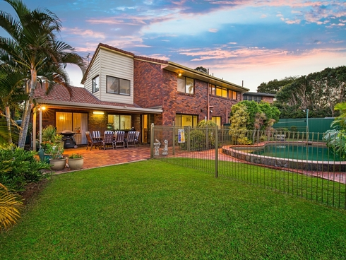 24 Flametree Street Bridgeman Downs, QLD 4035