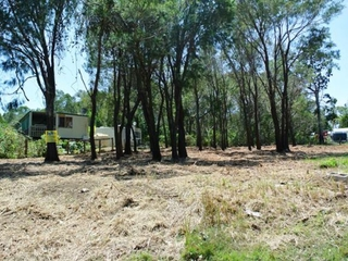 150 High Central Road Macleay Island , QLD, 4184
