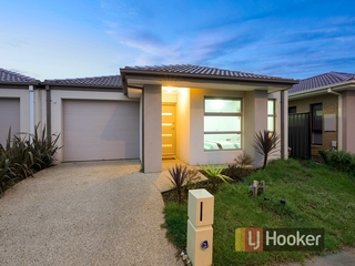 30 Haflinger Avenue Clyde North , VIC, 3978