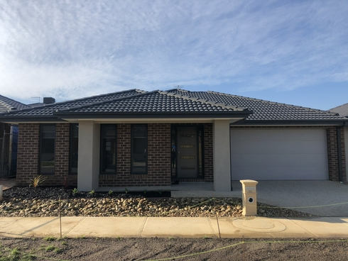 28 Chesney Circuit Clyde, VIC 3978