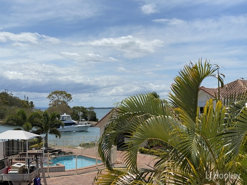 14/18 Spinnaker Quay Sandstone Point, QLD 4511