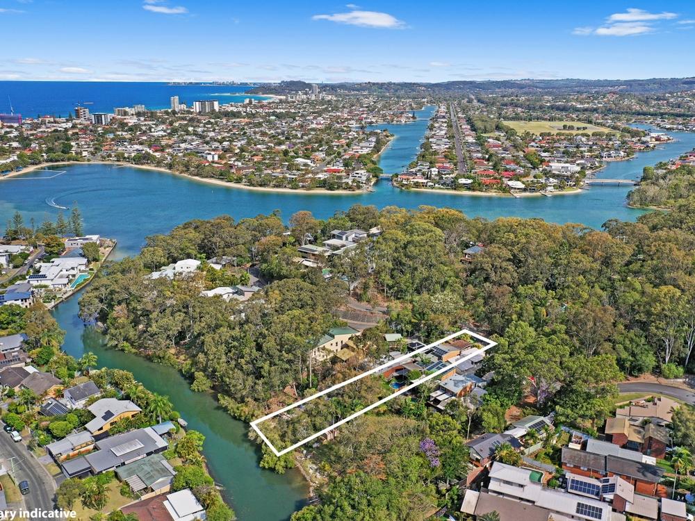 62 Ocean Parade Burleigh Heads, QLD 4220