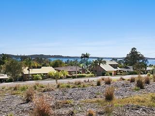 18 Lake Road Balcolyn , NSW, 2264