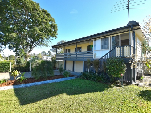 21 Gloucester street Woodford, QLD 4514