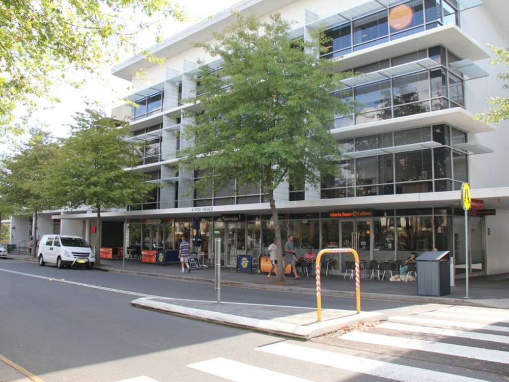 Suite 2.03/4 Hyde Parade Campbelltown, NSW 2560