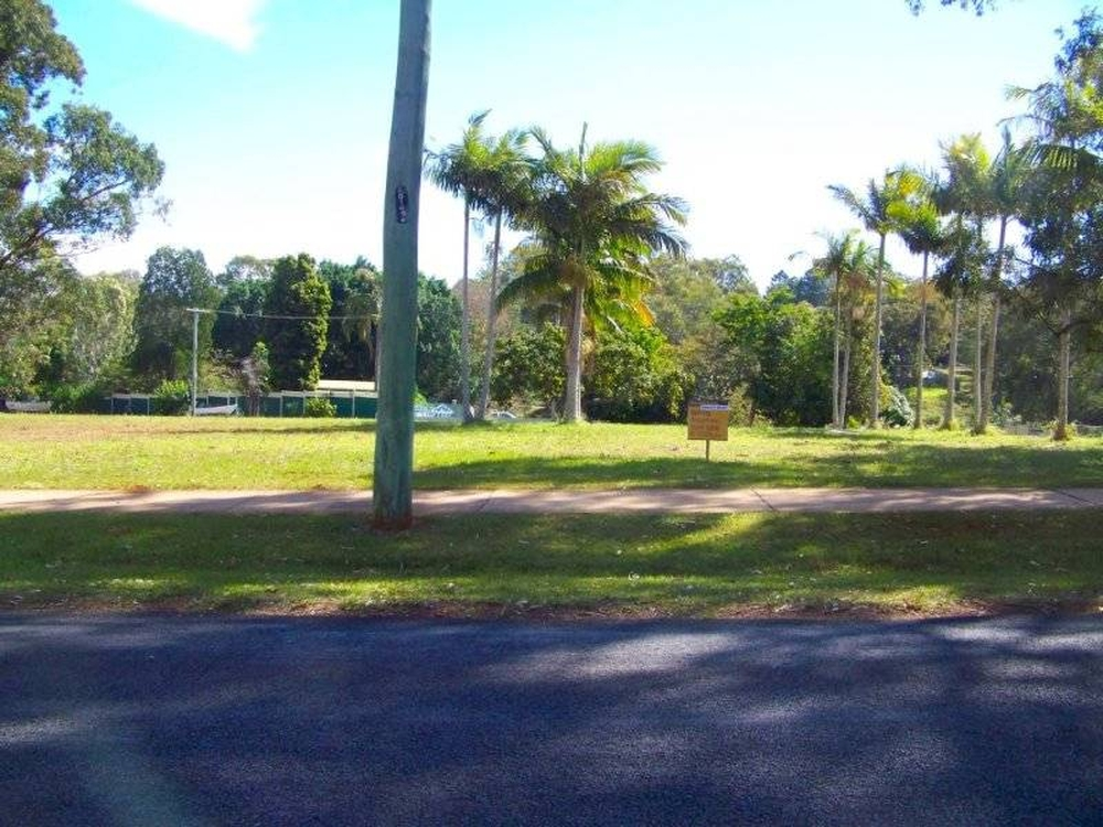 6 Cresthaven Lamb Island, QLD 4184