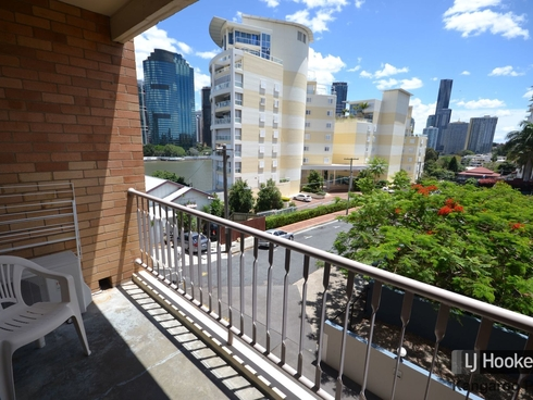 204/355 Main Street Kangaroo Point, QLD 4169