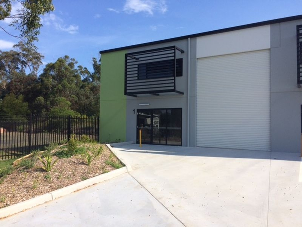 Unit 1/3 Fleet Close Tuggerah, NSW 2259