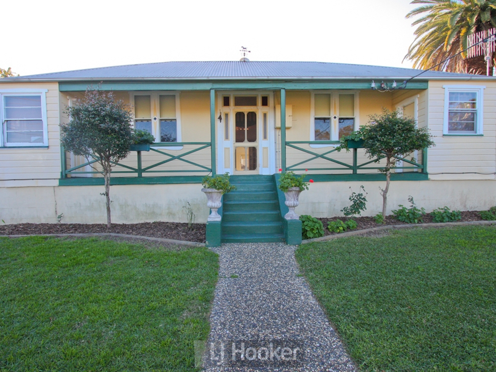 51 Thompson Road Speers Point, NSW 2284