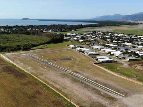 57 Barrbal Drive Cooya Beach, QLD 4873
