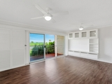 2/140 Marine Parade Miami, QLD 4220