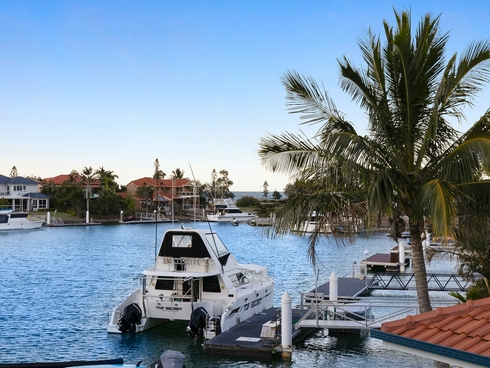9 Seacrest Court Raby Bay, QLD 4163
