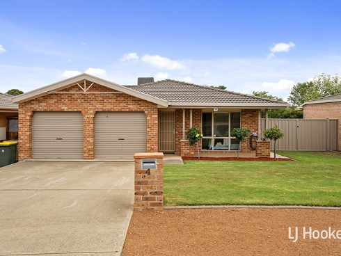 4 Westall Place Dunlop, ACT 2615