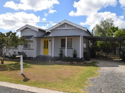 30 Stewart Avenue Warwick, QLD 4370