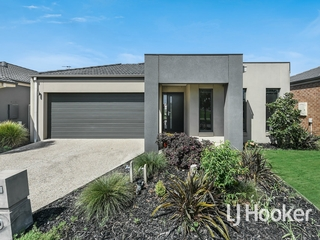 7 McFarlan Way Cranbourne East , VIC, 3977