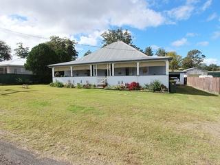 17 Bangalow Road Coopernook, NSW 2426