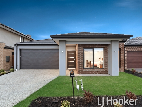 48 Cottongrass Avenue Clyde North, VIC 3978