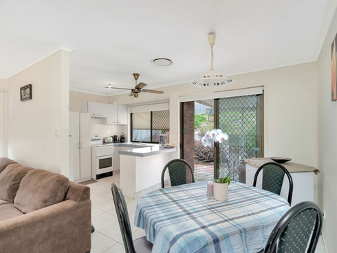 7 Perth Square Highland Park, QLD 4211