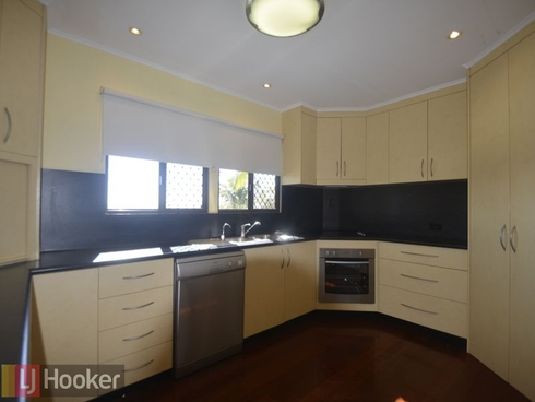12 Coolongolook Close West Gladstone, QLD 4680