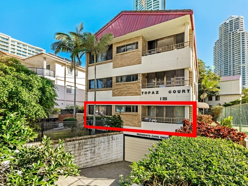 1/15 Markwell Avenue Surfers Paradise, QLD 4217