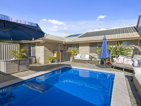 1/2 Chardonnay Crescent Tweed Heads South, NSW 2486