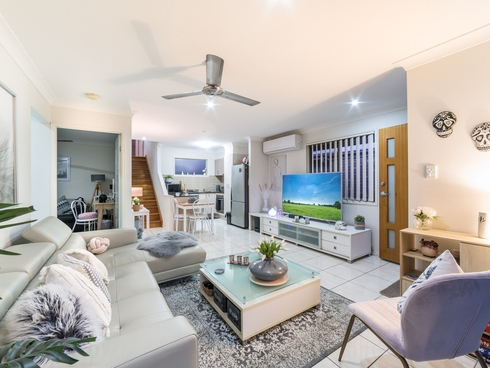 25 Damian Leeding Way Upper Coomera, QLD 4209
