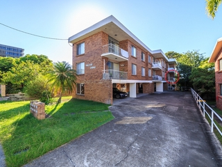4/25 White Street Southport , QLD, 4215