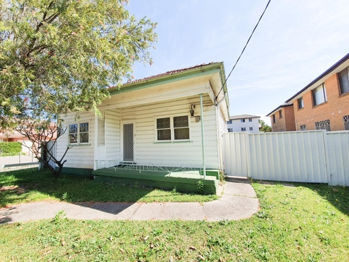 35 GOULD STREET Campsie, NSW 2194