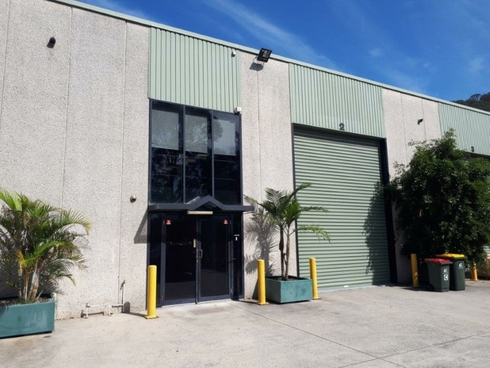 Unit 2/28 Dell Road West Gosford, NSW 2250