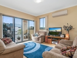 1/8 Errol Avenue Paradise Point, QLD 4216