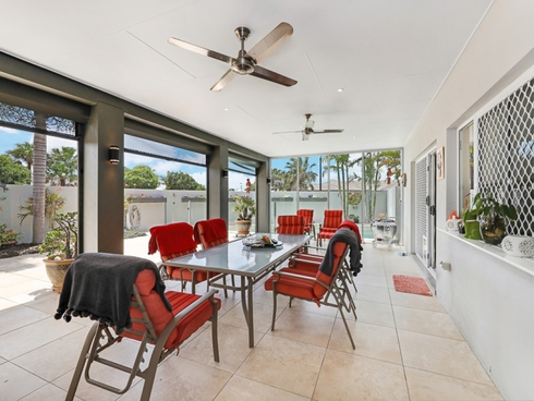 1/15 Seaeagle Place Banksia Beach, QLD 4507