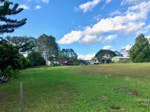 13 Eastbourne Terrace Macleay Island, QLD 4184
