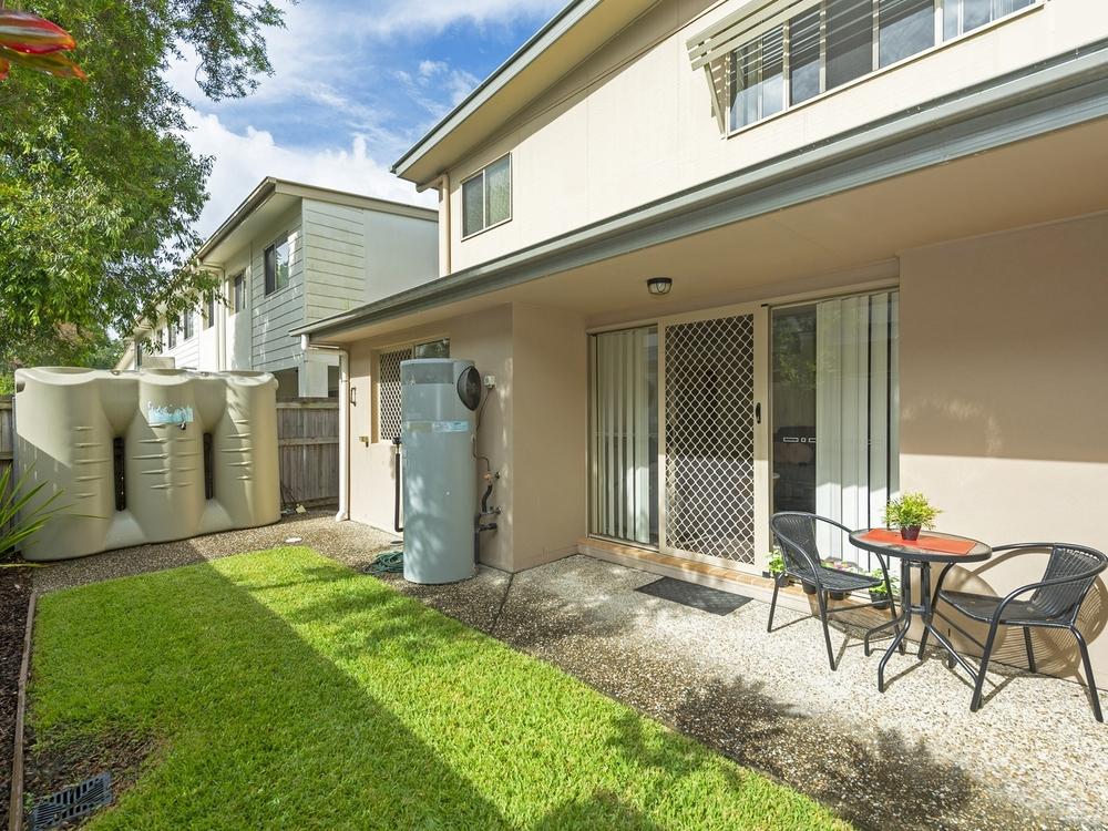 44/2 Weir Drive Upper Coomera, QLD 4209