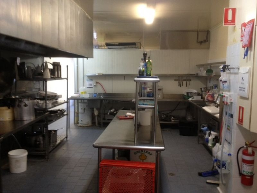 Shop 3   Unit 1/470 Pacific Highway Wyoming, NSW 2250