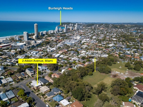 2 Albion Avenue Miami, QLD 4220