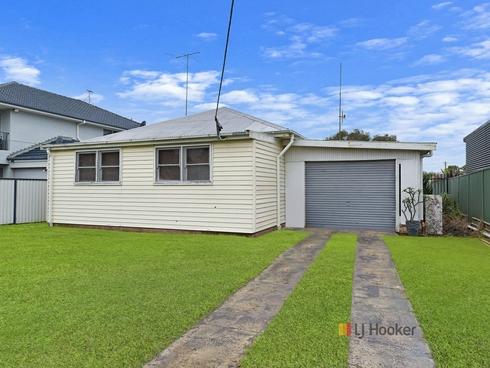 15 Edith Street Gorokan, NSW 2263