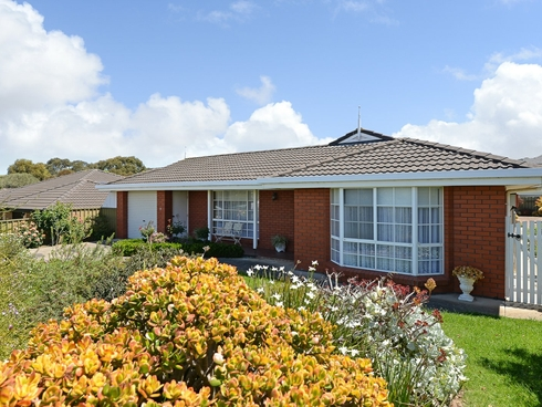 9 Crystal Court Encounter Bay, SA 5211