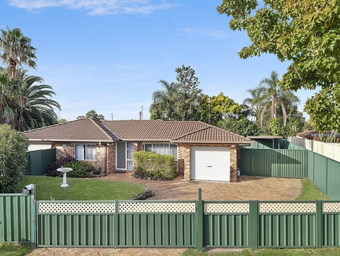 7 Jane Close Lake Haven, NSW 2263
