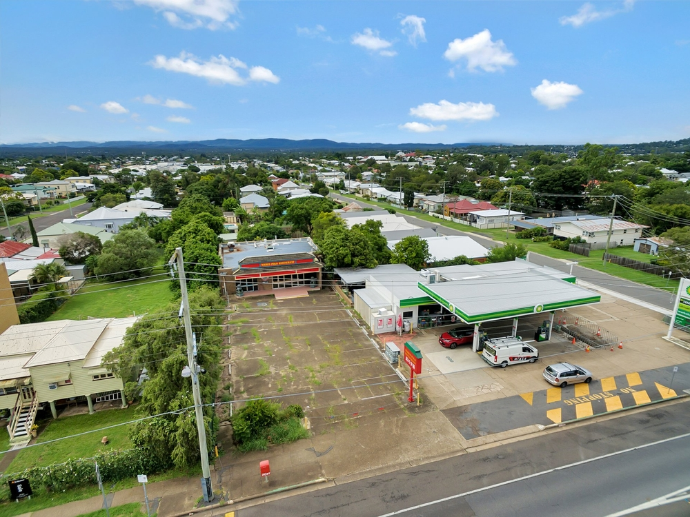 132 Blackstone Road Silkstone, QLD 4304