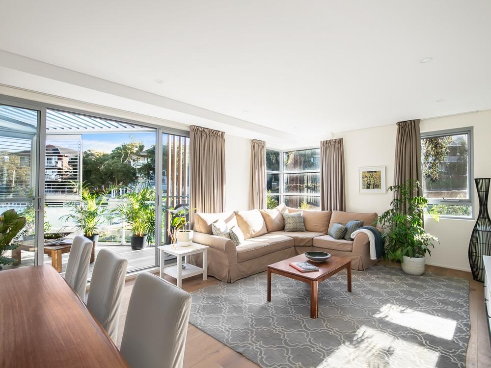 201/3 Seaview Avenue Newport, NSW 2106