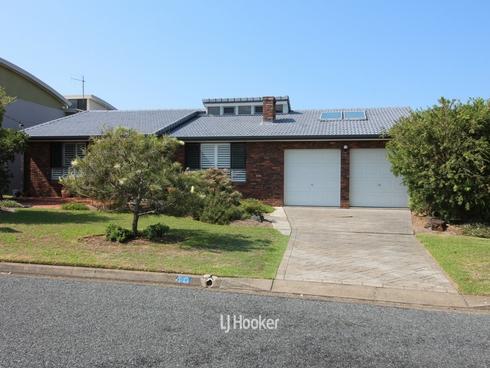 40 High Street Hallidays Point, NSW 2430