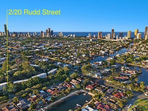 2/20 Rudd Street Broadbeach Waters, QLD 4218