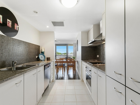 12/32 Middle Street Cleveland, QLD 4163