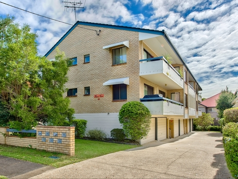 2/60 London Road Clayfield, QLD 4011