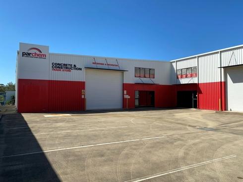 12 Roseanna Street Callemondah, QLD 4680