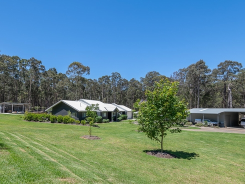 38 Collett Place Meringo, NSW 2537