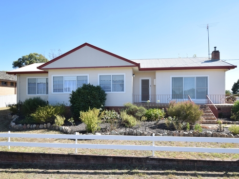 21 White Street Young, NSW 2594